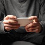 Mobiilipelaamisen suosio näkyy nyt myös rahapelien maailmassa